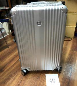 ベンツ スーツケース